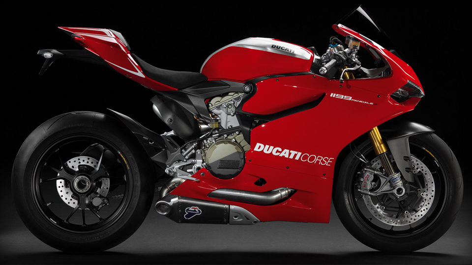 Red /images/gallery/model_colors/Color_SBK-1199-Panigale-R_01_1067x600.png (Цвета моделей)